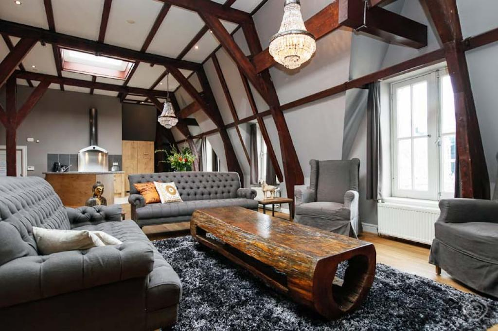 Leidseplein royal penthouse apartment amsterdam for Design apartment jordaan